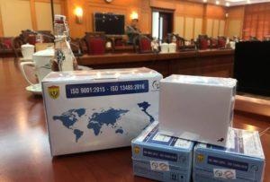(Theo Tiền Phong) Ủng hộ chi phí sản xuất 10 nghìn bộ kit test nhanh Covid-19